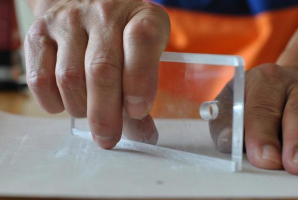 Nachschaerfen auf Sandpapier